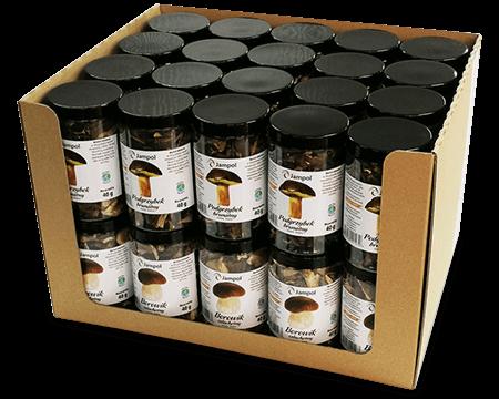 słoiki z grzybami w kartonie
